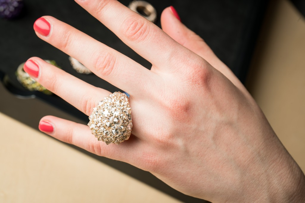 A splendid ring in rose gold, white diamonds and old-cut diamonds from Mattioli's Rêve_r collection