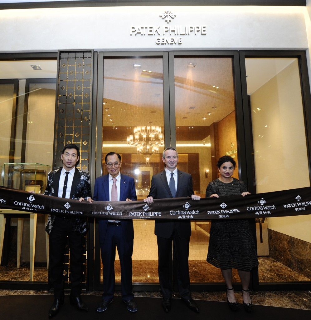(L-R) Mr. Chris Chong, Chief Executive Officer, ION Orchard, Mr. Anthony Lim, Chief Executive Officer, Cortina Watch, Mr. Jerome Pernici, Commercial and Marketing Director, Patek Philippe's and Mrs. Deepa Chatrath, General Manager, Geneva Master Time Marketin LLP officiating the ribbon cutting ceremony.